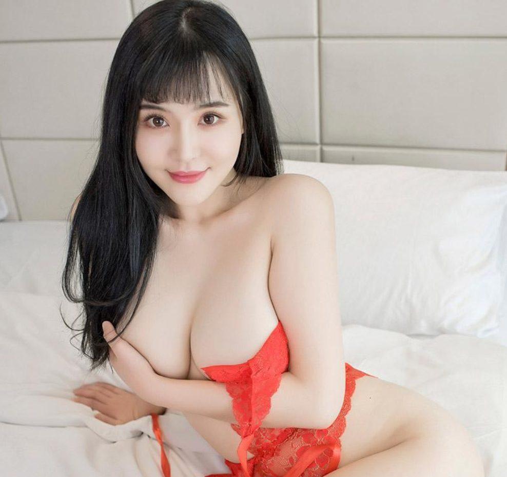 New York Asian Escort girl Emma